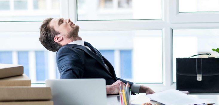 転職に失敗してすぐやめる人の特徴とすぐに仕事を辞めるリスクを解説
