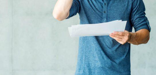 労働条件通知書とはなにか?雇用契約書との違いと確認しておくべき点